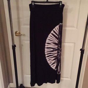 Long stretchy skirt